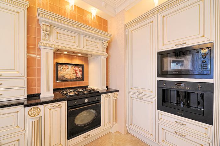 Исполнение дизайн-проекта кухни в классическом стиле