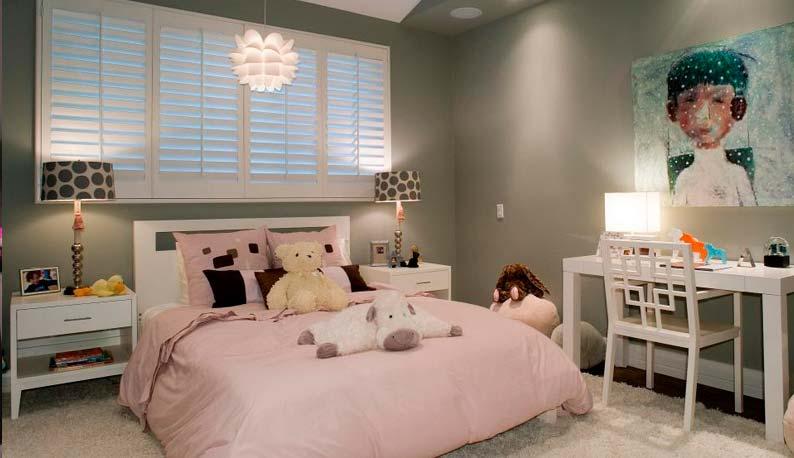 Дизайн интерьера в квартире молодой девушки: особенности расположения интерьерных элементов, мебели и декора