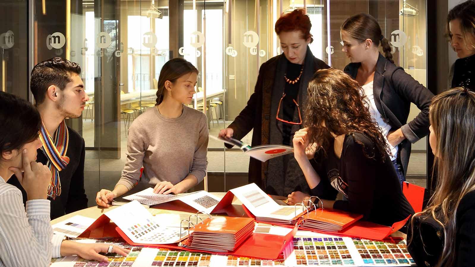 Какое образование должно быть у дизайнера интерьера?