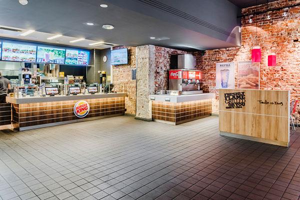 Разбираем особенности дизайна интерьера мировых франшиз фаст фуда (Макдональдс, KFC, Бургер Кинг)