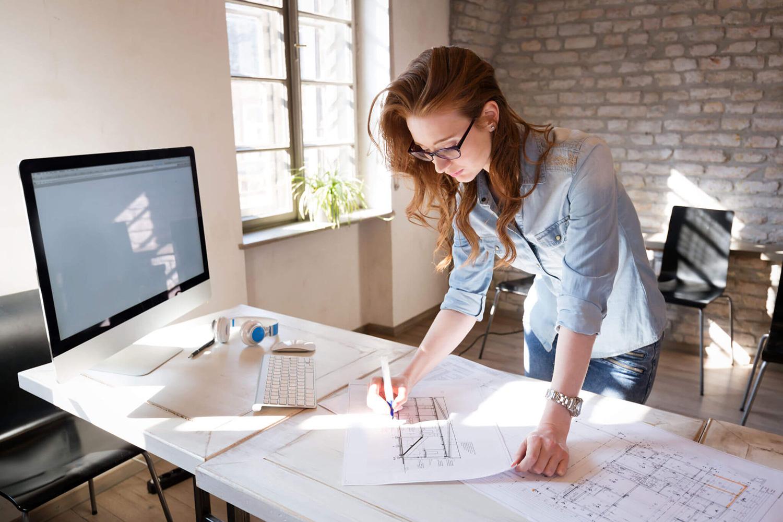 Можно ли получить услуги дизайнера интерьера онлайн - как заказать, плюсы и минусы. Что делать с замером?